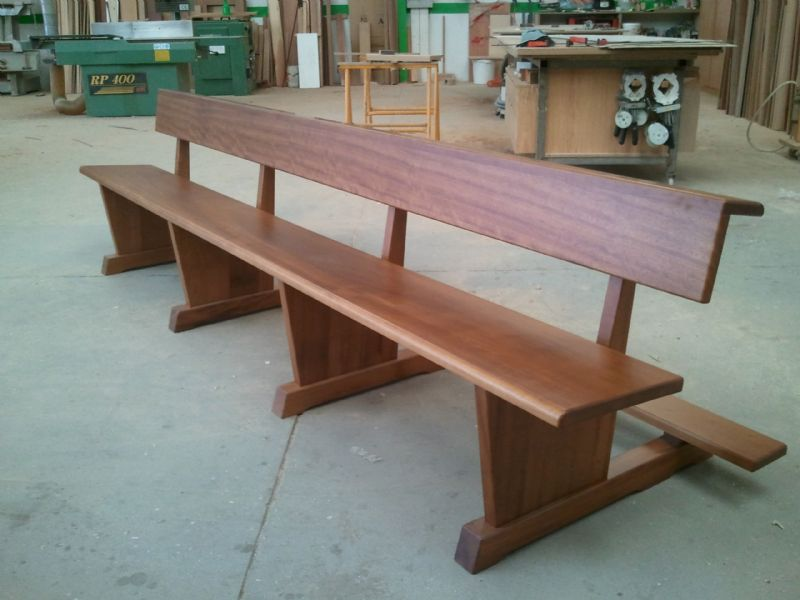 Muebles de madera modernos trabajos de carpinter a para for Muebles iglesia
